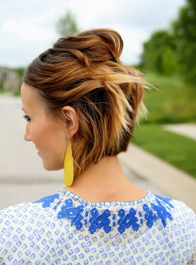 New Easy Short Hair Tutorial Pinned Back Waves For A Bob One Little Momma Ideas With Pictures