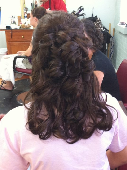 New Hairstyles Your Way Maid Of Honor Ideas With Pictures