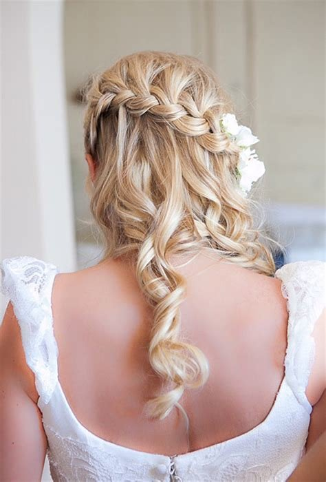 New Hairstyles For A Destination Wedding Brides Com Ideas With Pictures