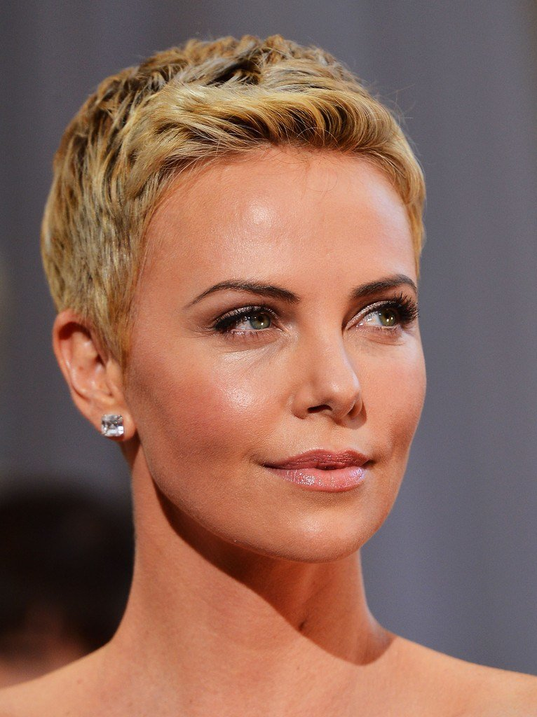 New More Pics Of Charlize Theron Pixie 46 Of 86 Short Ideas With Pictures