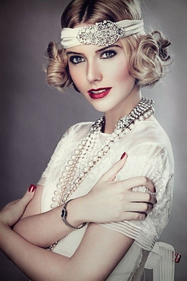 New 1920 S Inspired Retro Hairstyles To Look Delicate Today Ideas With Pictures