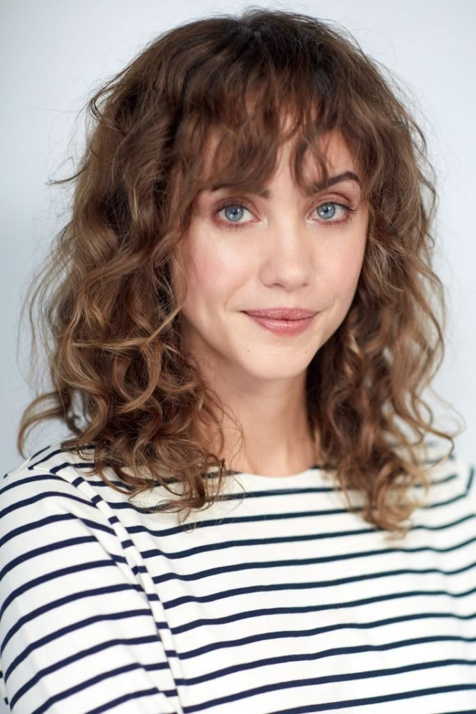 New 30 Versatile Bang Haircuts For Medium Length Hairs Ideas With Pictures
