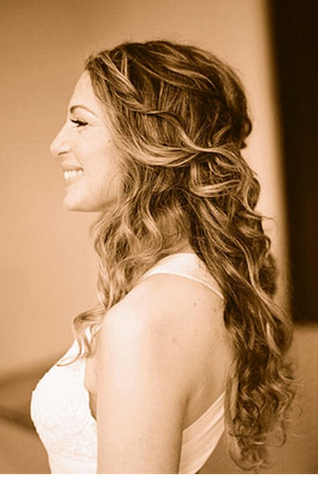 New Curly Down Hairstyles Ideas With Pictures