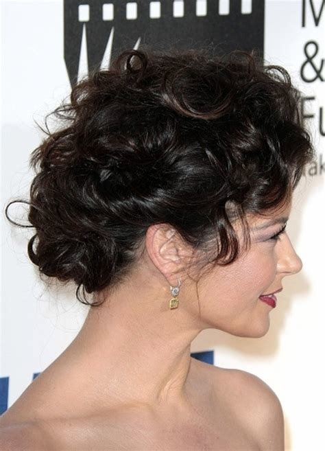 New Everyday Hairstyles For Curly Hair Ideas With Pictures