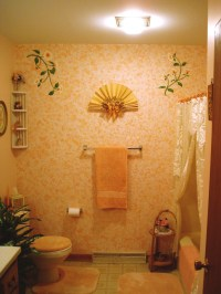 Peach Floral Bathroom