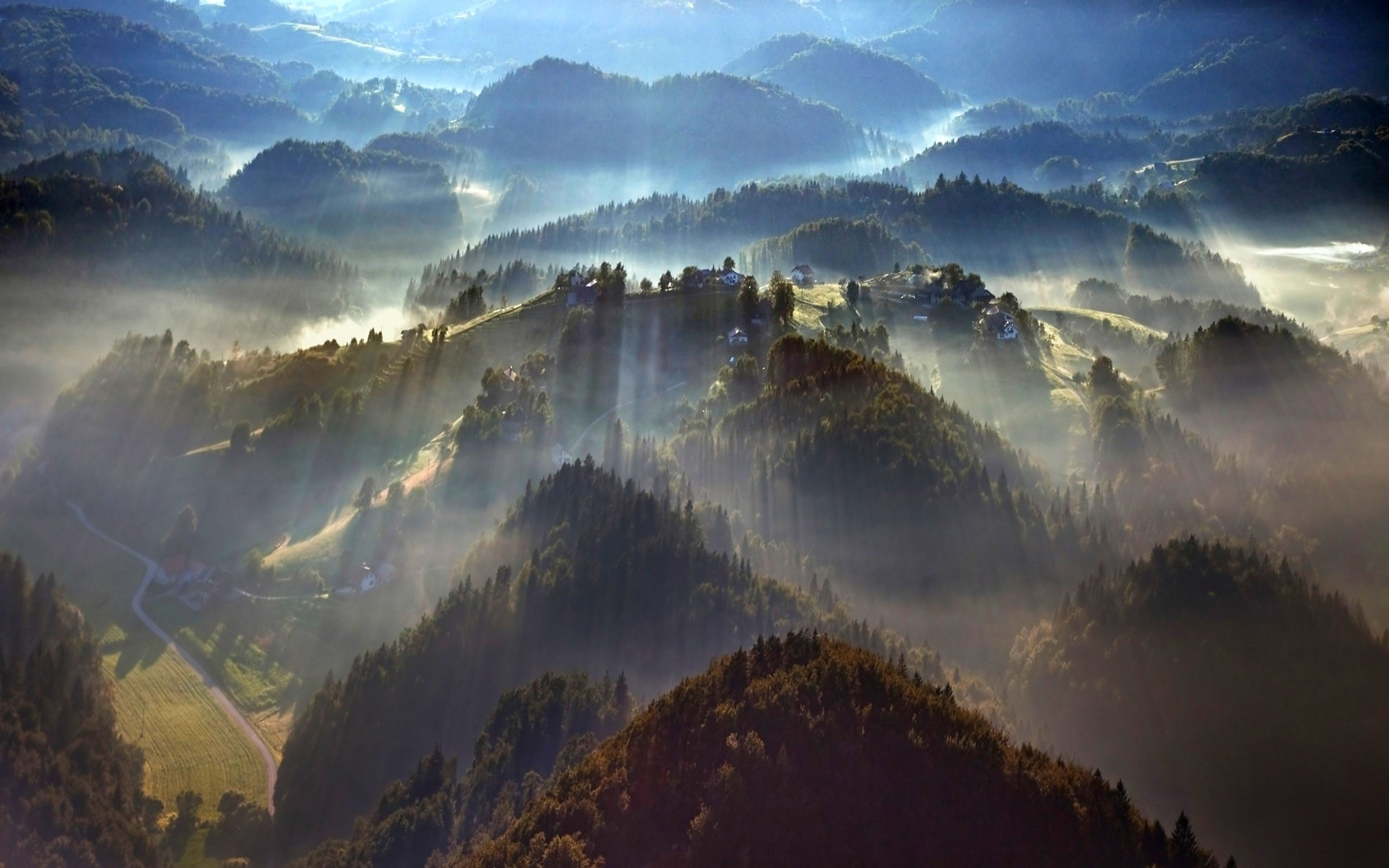 Fall Mountain Scenery Wallpaper Nature Landscape Mist Forest Trees Morning Sunbeams