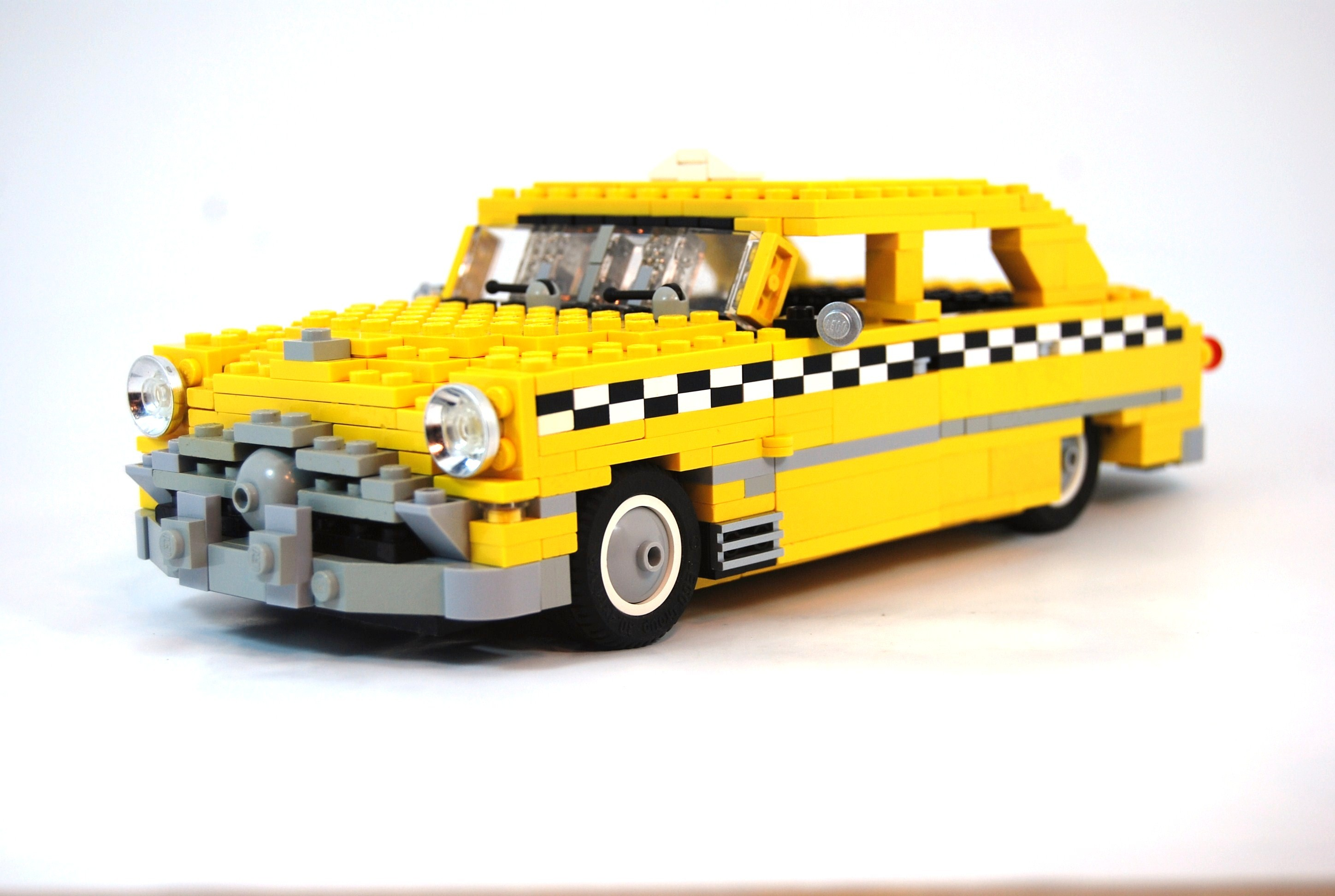 3840x1080 Wallpaper Classic Car Car Taxi White Background Lego Yellow Cars Checkered