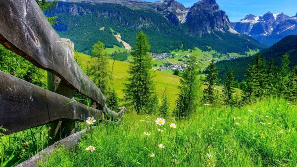 Landscape Valley Town Hill Mountain Trees Fence Wallpapers Hd Desktop And Mobile Backgrounds