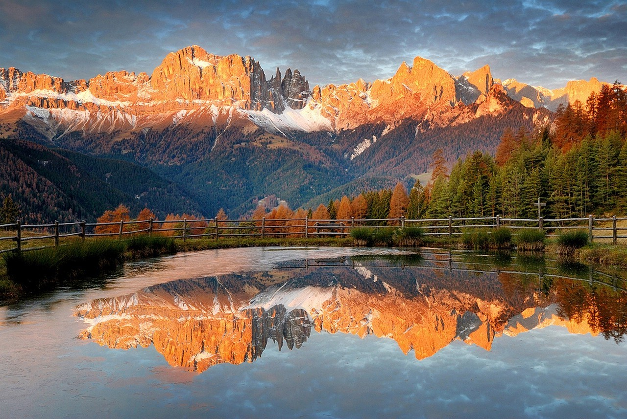 Paisajes Wallpapers Full Hd Fall Alps Mountain Forest Sunset Reflection Fence