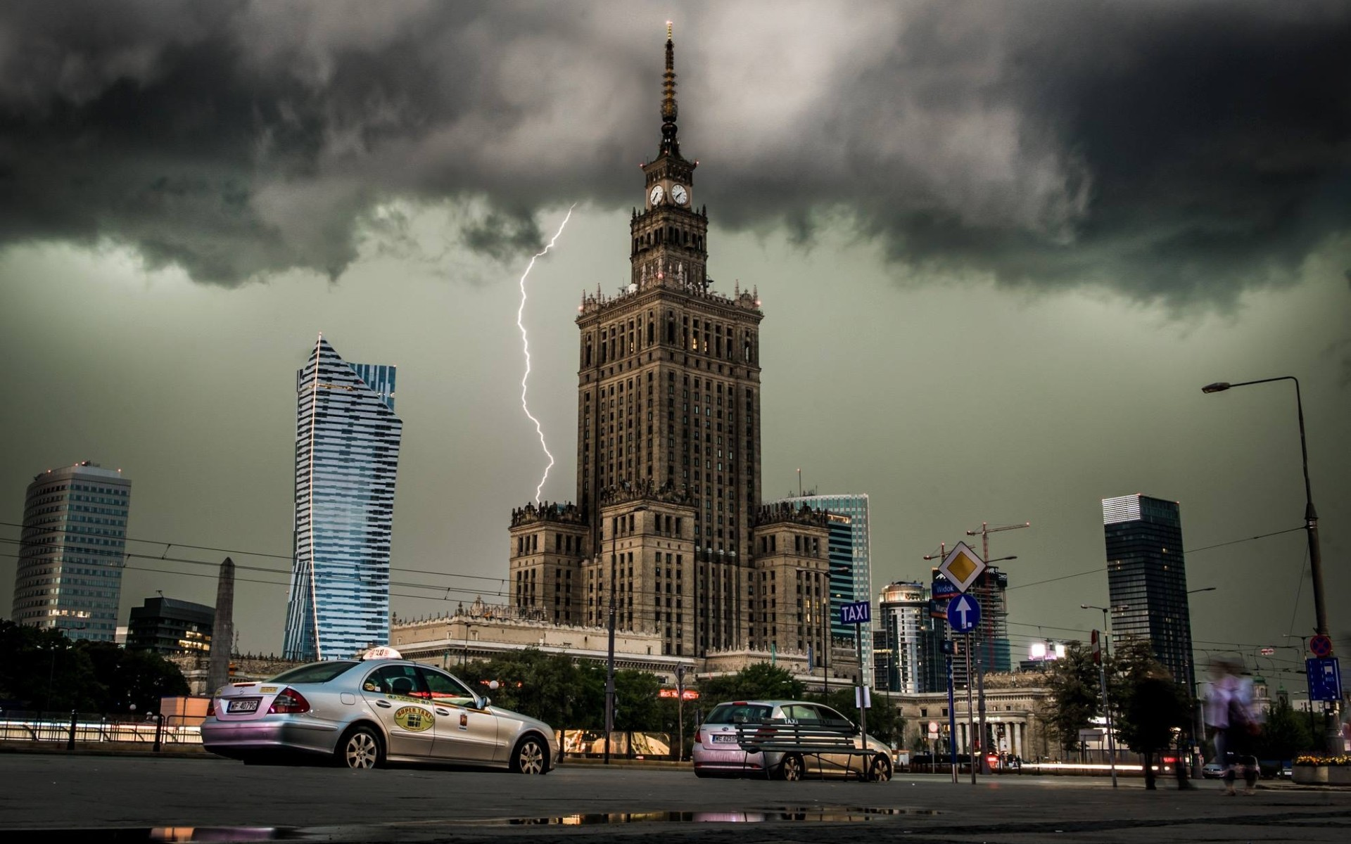 Cool 3d Car Wallpapers City Cityscape Clouds Lightning Building Architecture