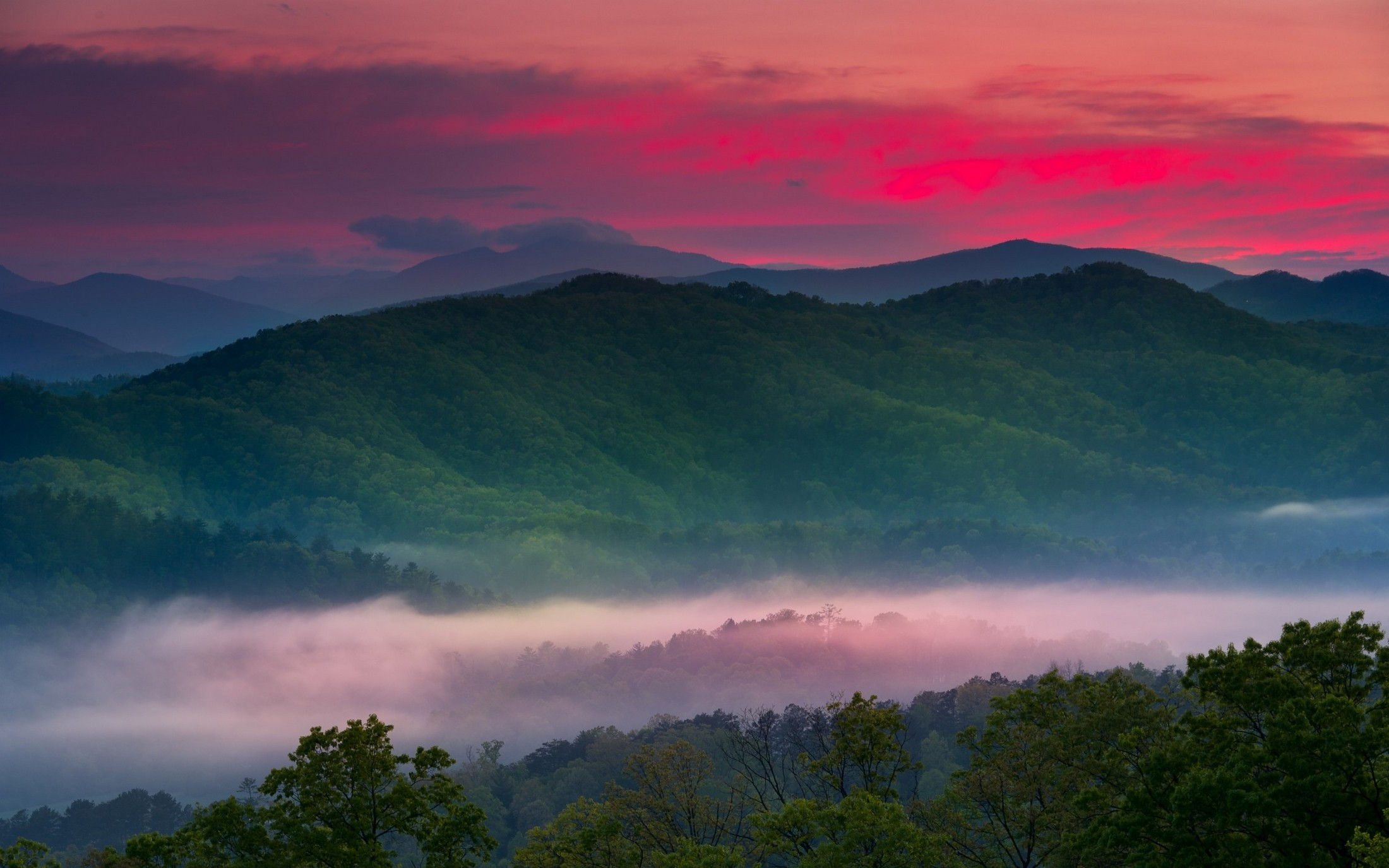 Fall In The Smokies Wallpaper Nature Landscape Spring Sunrise Mist Valley Mountain
