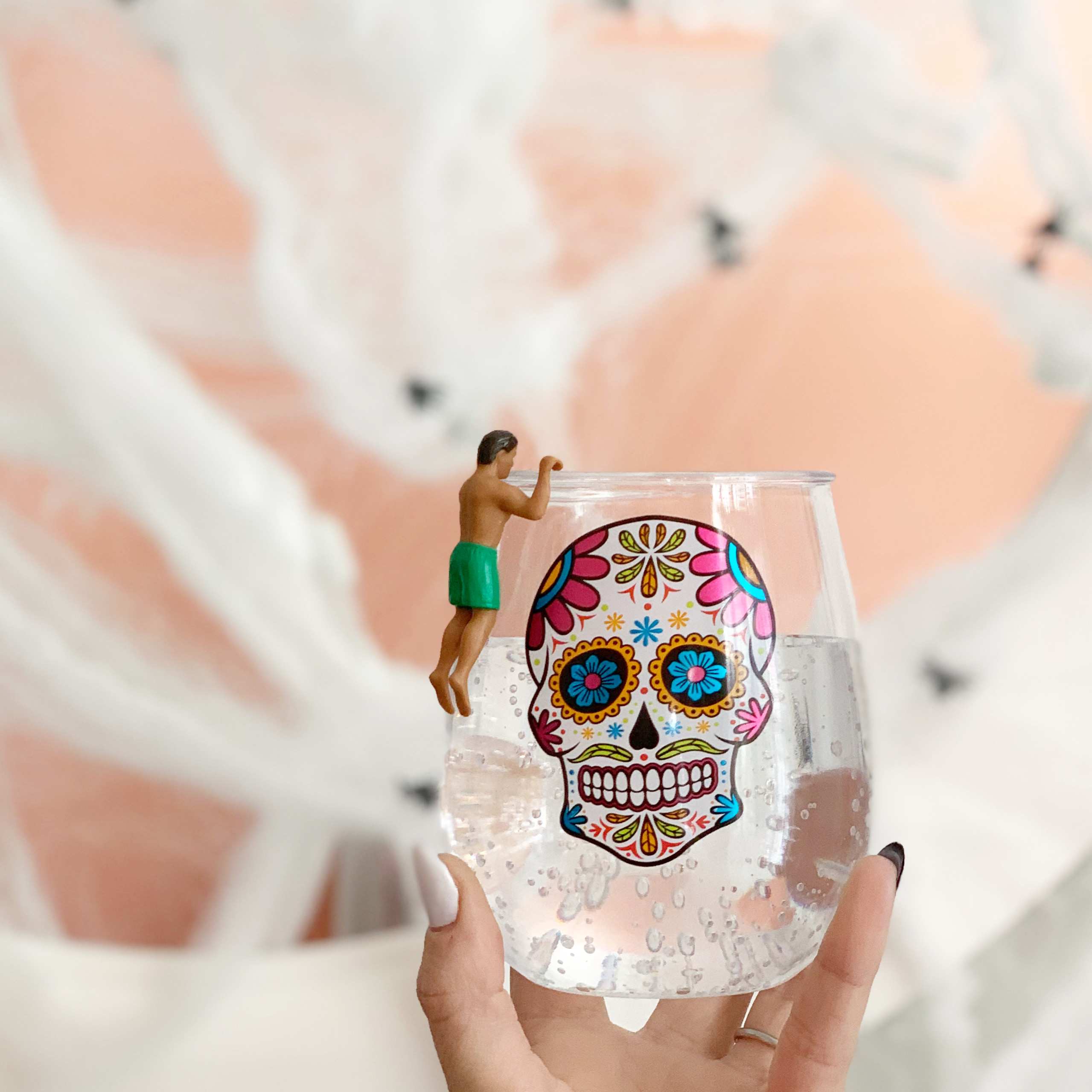 sugar skull stemless wine glass with drink marker