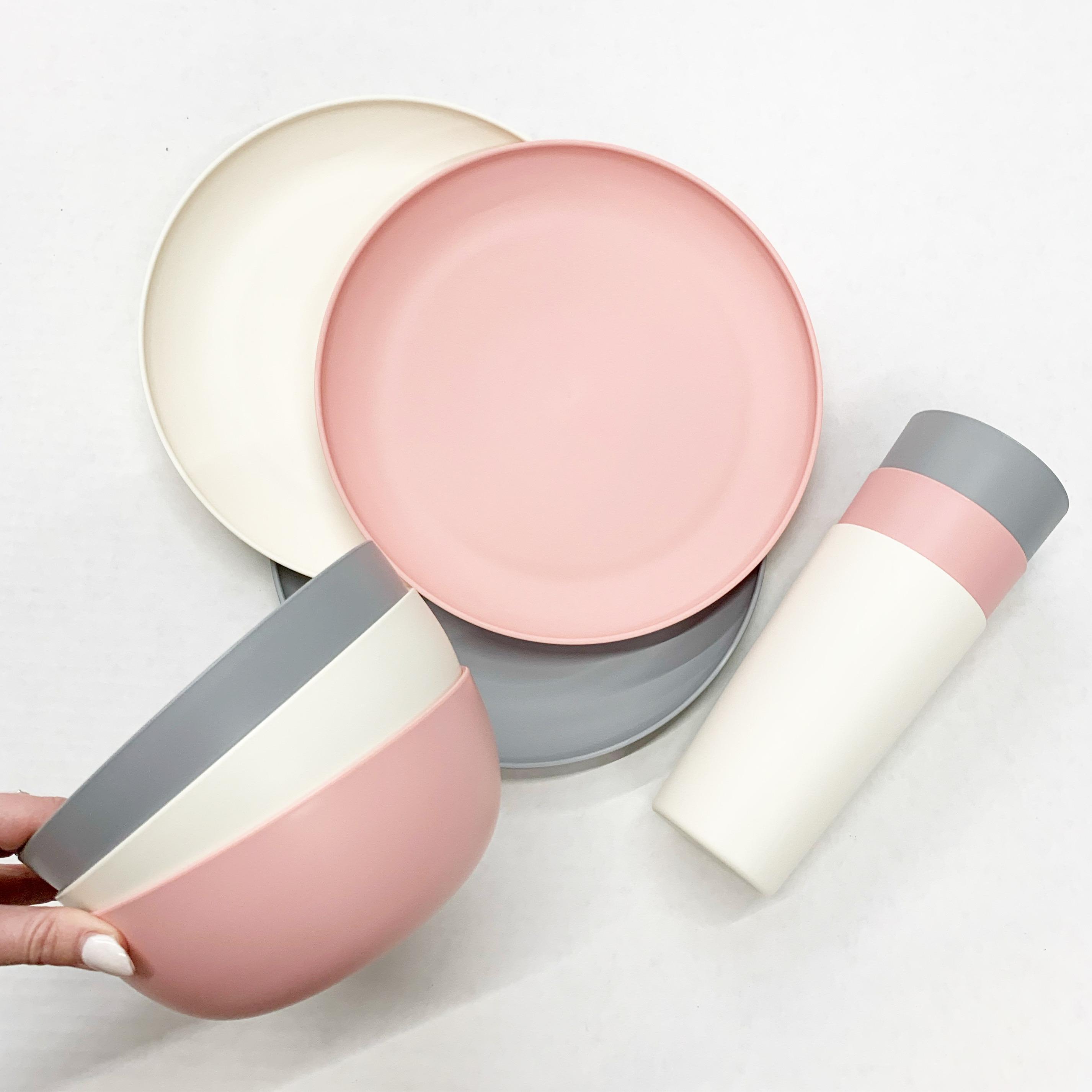 pastel plastic dinnerware