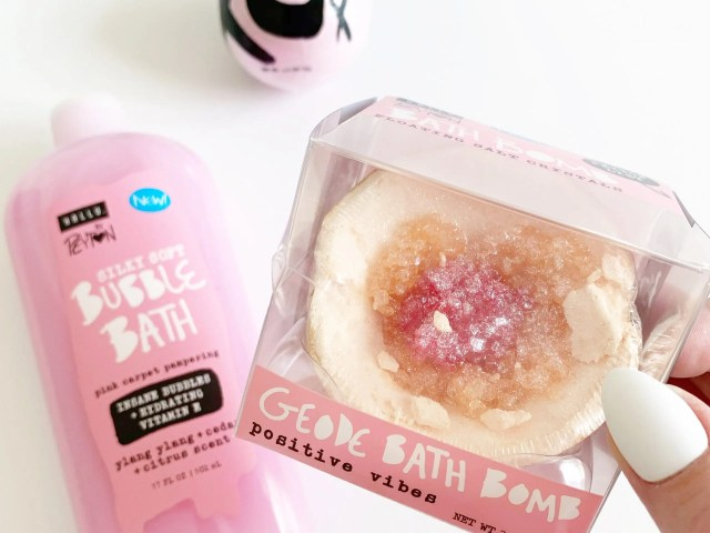 Hallu Geode Bath Bomb by Peyton List