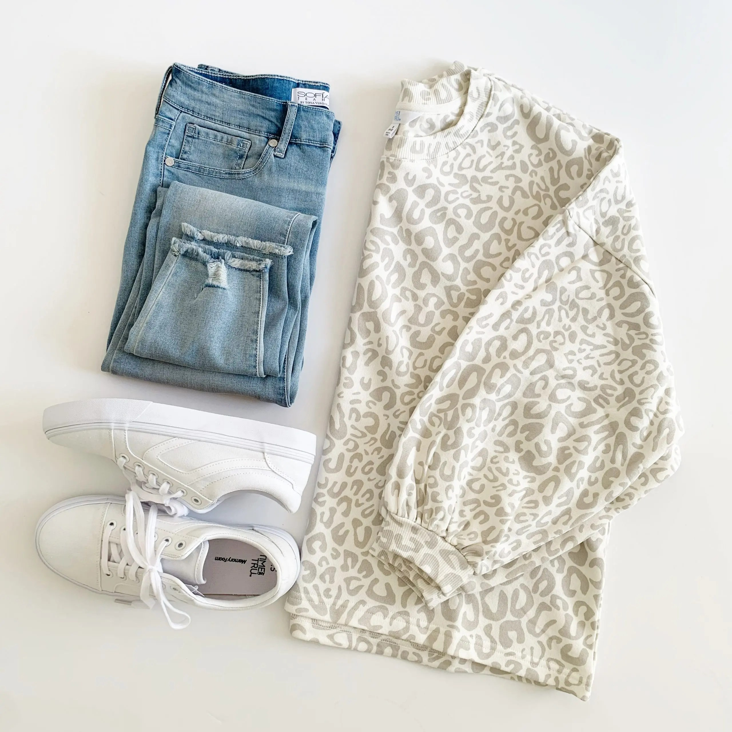 Time and Tru Leopard Print balloon sleeve sweatshirt and sneakers with sofia vergara jeans
