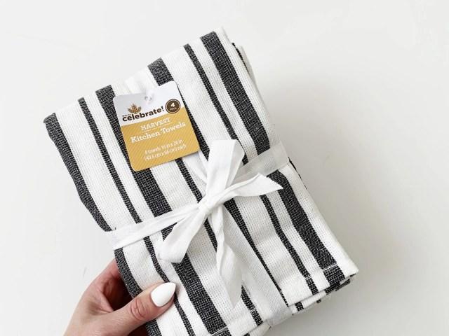 Way To Celebrate Kitchen Towel Set – Black and White Stripe