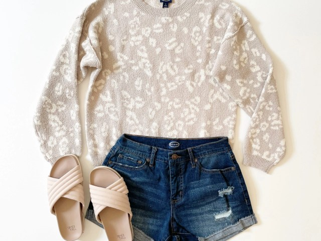 Scoop Leopard Print Pullover Sweater, Retro Boy Rolled Cuff Shorts, and Time and Tru Quilted Crossband Slides