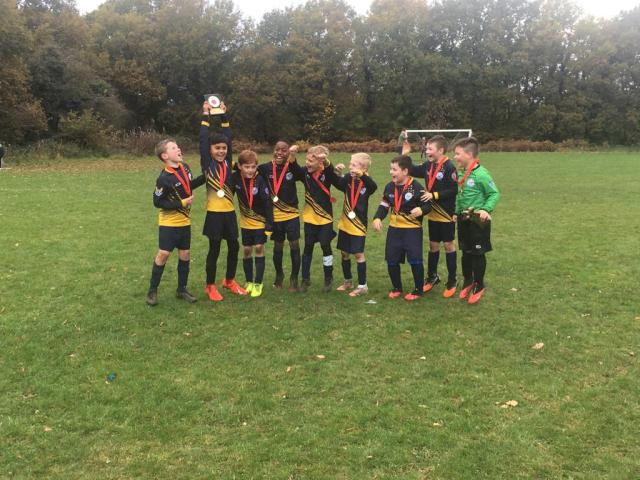 Walmley Colron U8s (Dave Pigott), cup winners
