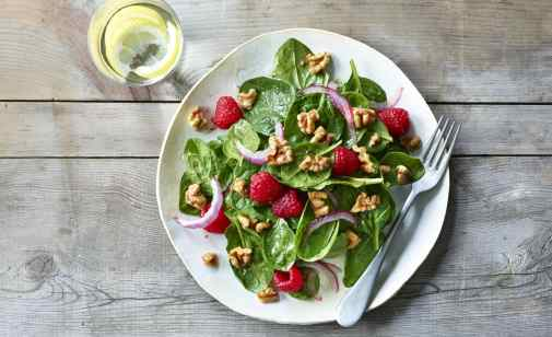 walnut raspberry salad