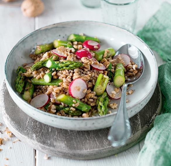Spelt Salad Walnuts Asparagus