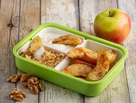 Cinamon-apples-yogurt-walnut-graham