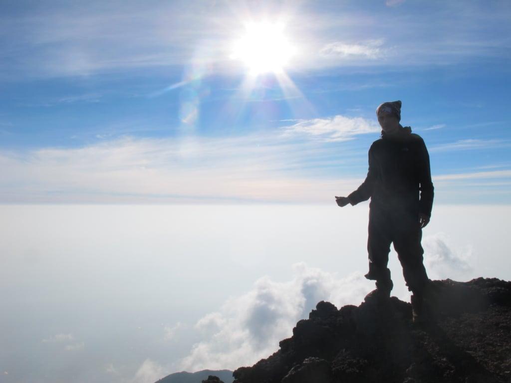 Pendakian Ke Gunung Slamet Puncak Tertinggi Jawa Tengah Walter Pinem