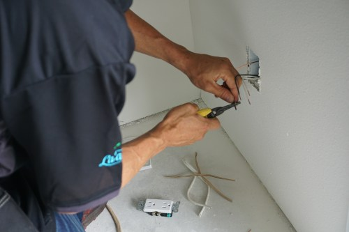 small resolution of call walter s electric inc for home electrical wiring troubleshooting in hilo hi