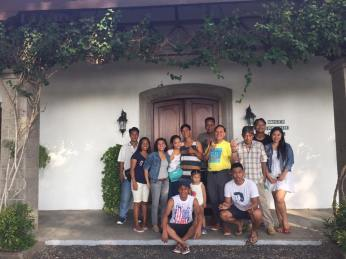 excursion-museum-outside