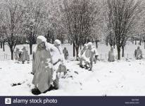 KOREAN-WAR-SNOW