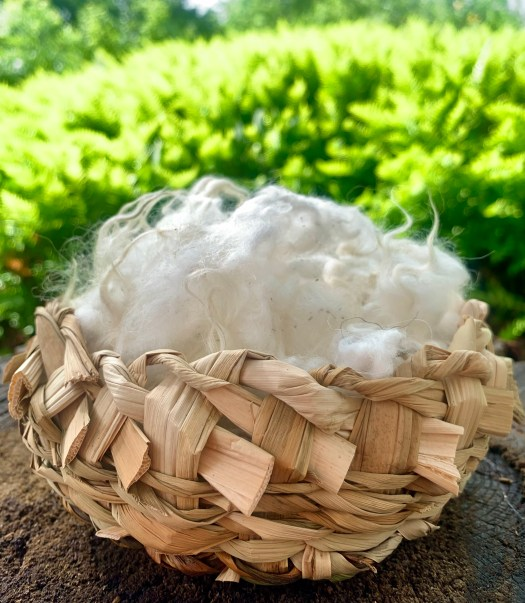Wool and baskets, a beautiful combination.