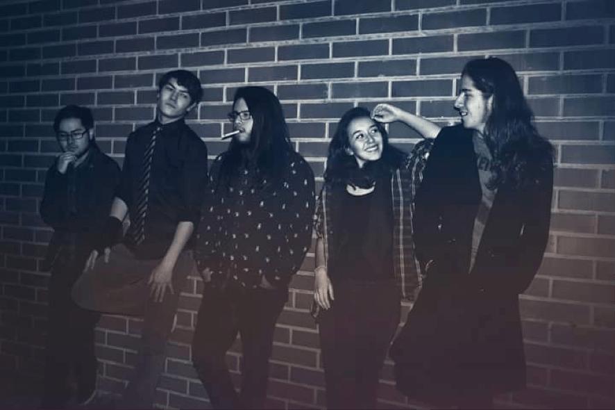 Nahya: aporta poesía a la música