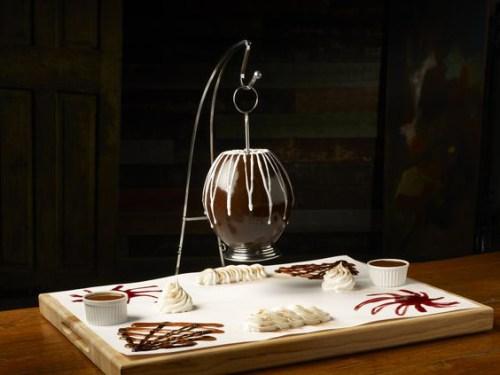 チョコレートピニャータ