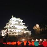 光る球体が浮かぶデジタルアート空間! ライトアップされた夜の名古屋城が幻想的に♡
