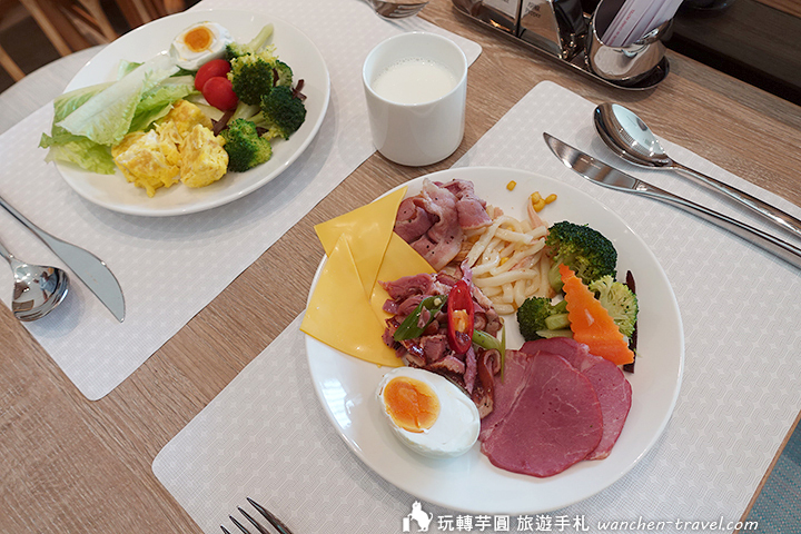 maison-de-chine-jiaoxi-breakfast
