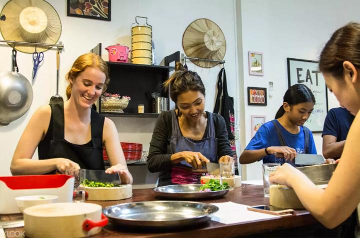 08-pink-chili-thai-cooking-school