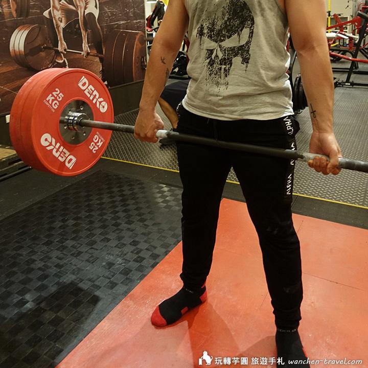 taobao-muscular-brother