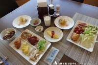 秀峰閣湖月早餐