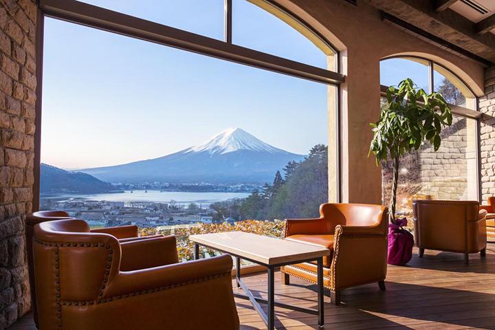 La Vista Fujikawaguchiko(拉維斯塔富士河口湖度假村)