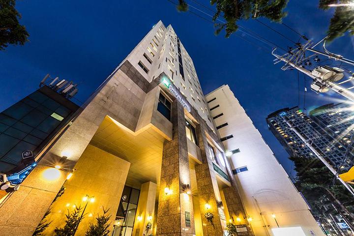 Chisun Hotel Seoul Myeongdong(首爾明洞岐山酒店)