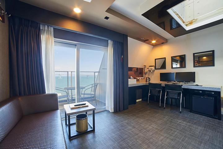 Busan Premium V Hotel
