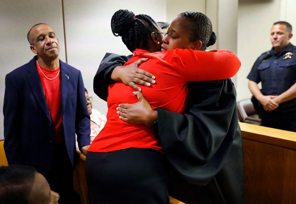 Botham Jean mother hugs Judge