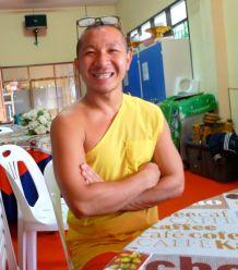 Monk chat with Nit at Wat Chedi Luang, Chiang Mai