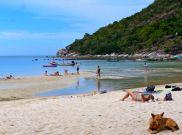 Tong Nai Pan beach by boat with Rich and Barb.