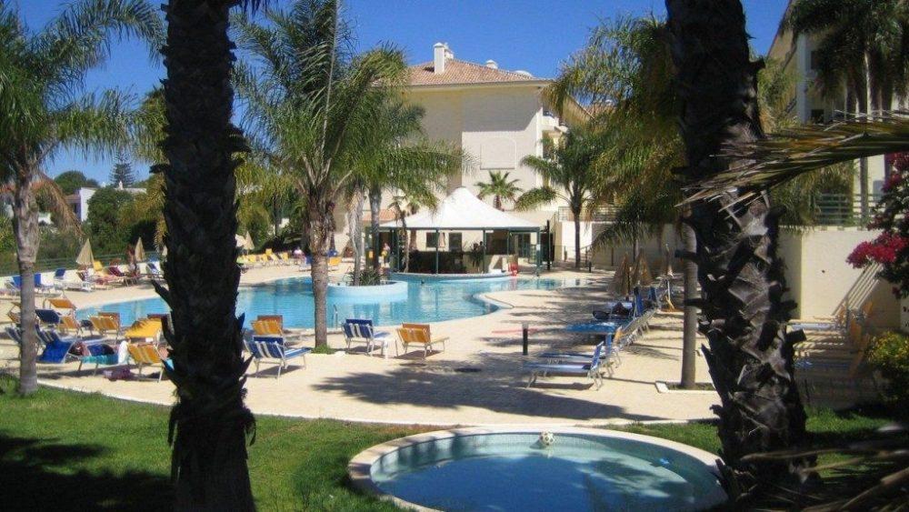 Hotel Mirachoro Praia maart