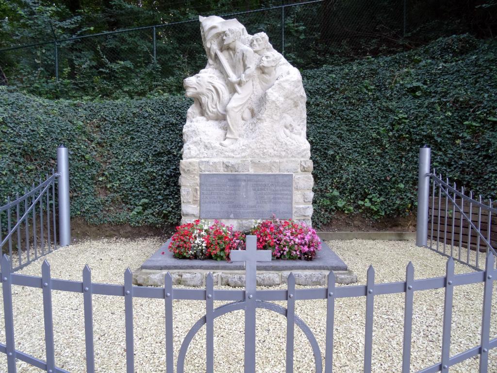 Oorlogsmonument - Wolfskopwandelroute Zuid Limburg