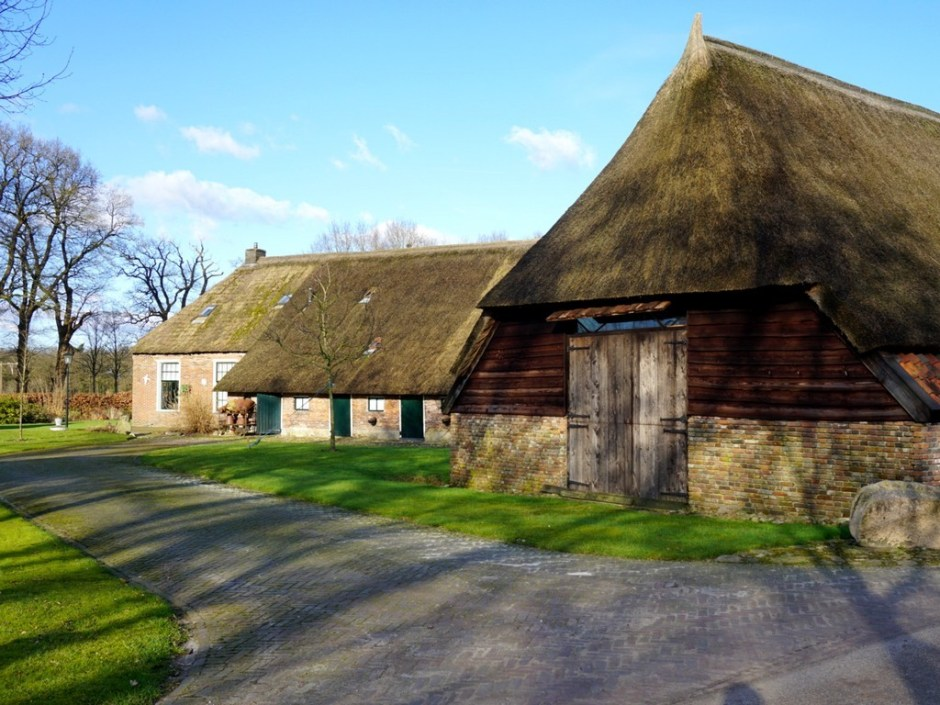 Dwalen door Drenthe: Boerderij in Echten