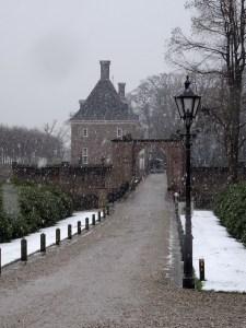 Kasteel Amerongen in de sneeuw