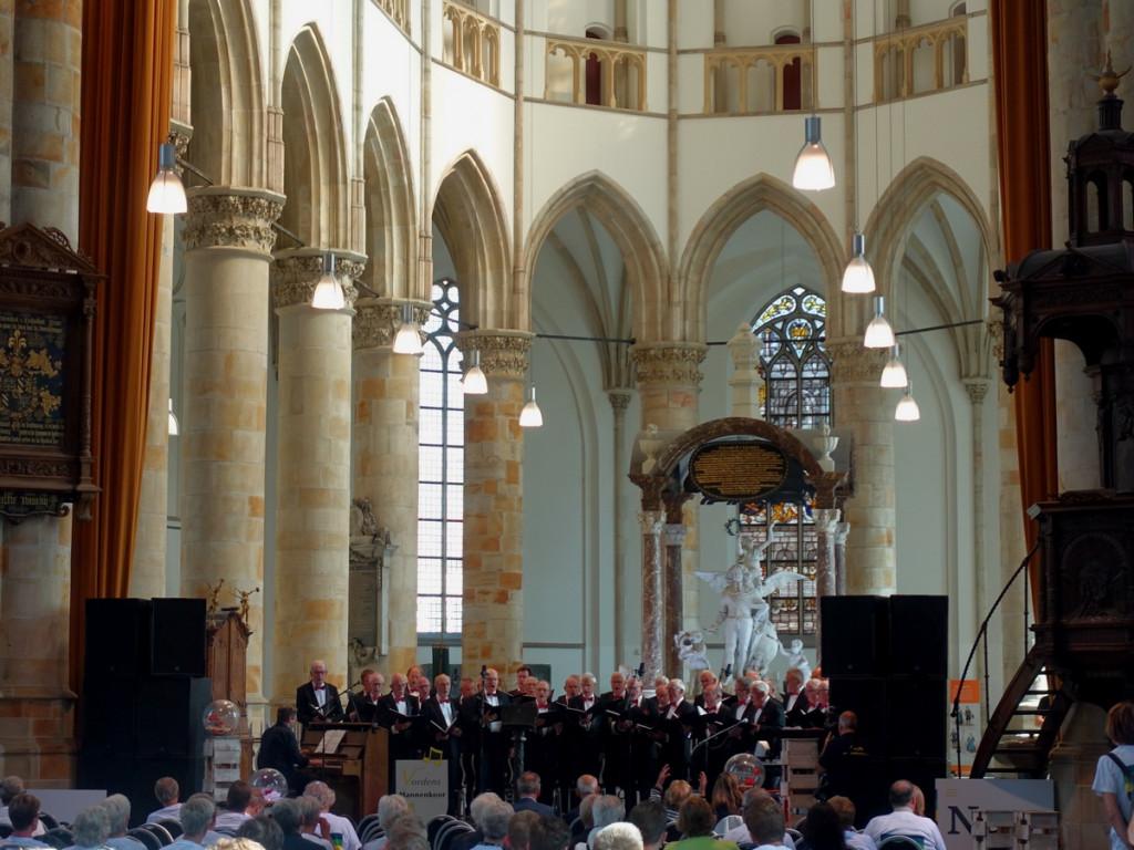 14 Vordens Mannenkoor in Grote kerk Den Haag