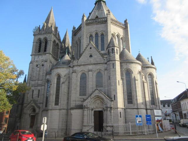 De Basiliek van Onze-Lieve-Vrouw van Goede Bijstand ligt in Bon-Secours(Péruwelz)