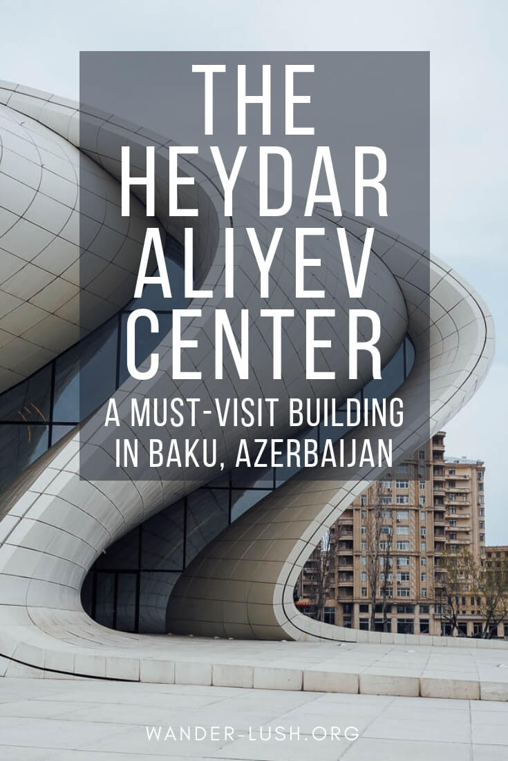 Must-see architecture in Baku, Azerbaijan – the Heydar Aliyev Center.